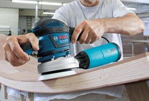 Test ponceuse orbitale excentrique Bosch GEX 125-150 AVE