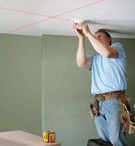 Niveau laser croix pas cher plafond Stanley Cubix STHT1-77340