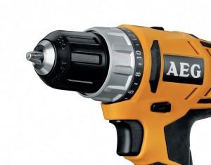 perceuse visseuse pas chère AEG BS 12 G2 accessoires