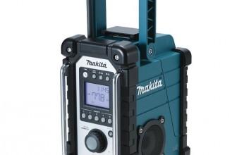 La radio Makita pas chère DMR102 est-elle fiable sur chantier ?