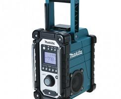 Que vaut la radio de chantier Makita BMR102 dans la pratique ?